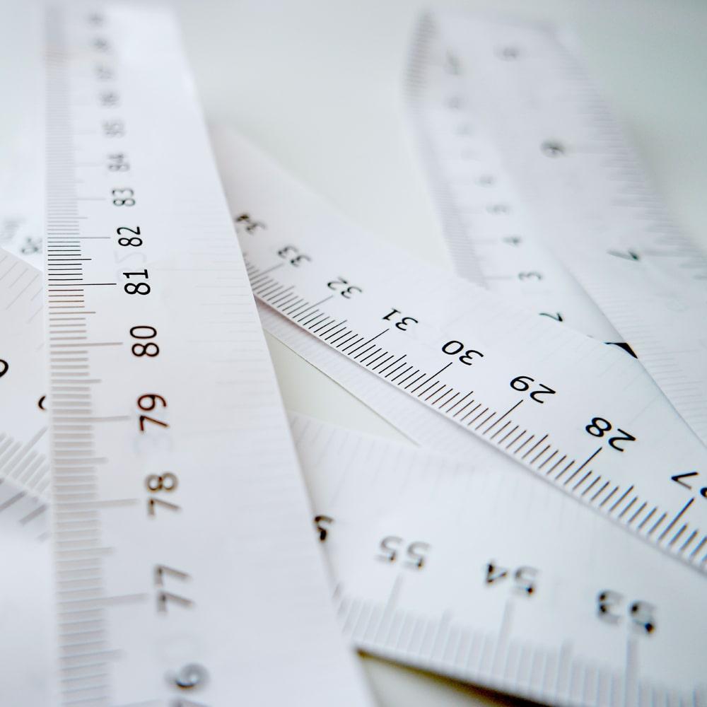 Adipositas bedeutet starkes oder krankhaftes Übergewicht Fettleibigkeit | BMI.